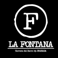 La Fontana is a tapas bar on Calle Carrera de Darro in Granada. From here, you can enjoy food and drinks, morning and evening, close to the Alhambra.