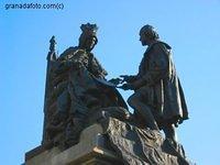 plaza isabel la católica granada